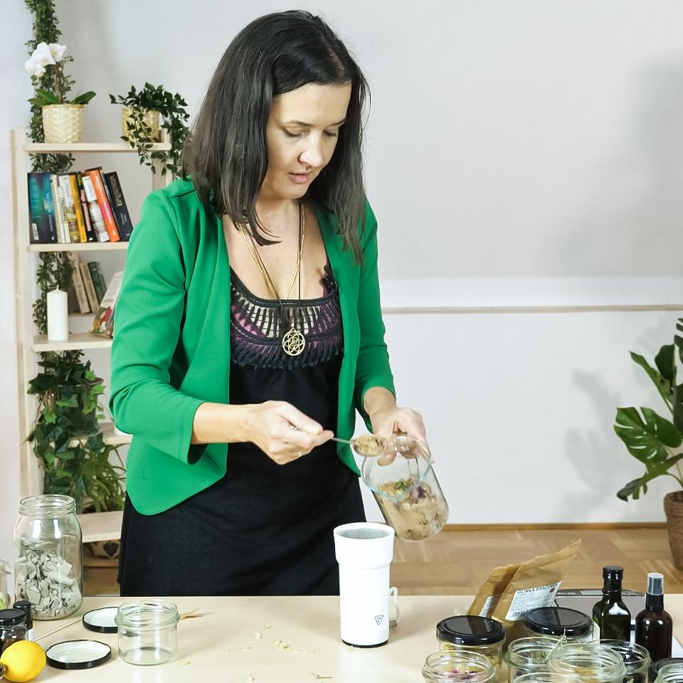Martyna Majewska: Zrób to sam: naturalna kąpiel - zdrowa skóra i włosy + E-Book